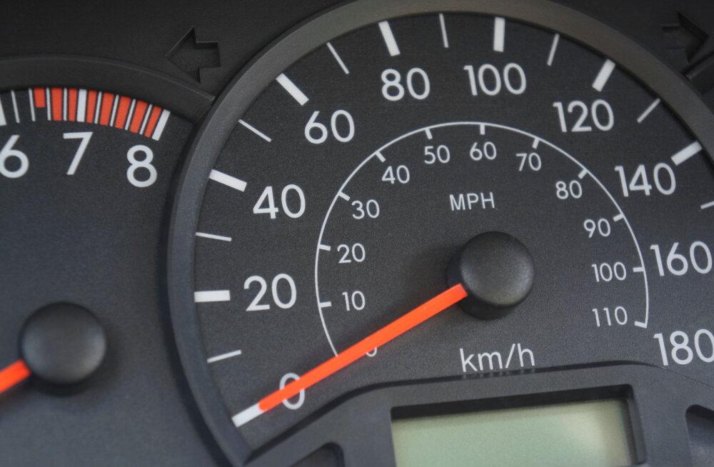 Maanteeameti karm hinnang: poolte Eestis esmaregistreeritud autode kallal on toime pandud tõsine rikkumine