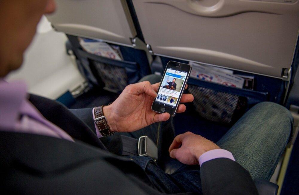 Mobiiltelefoni kasutamine lennukis