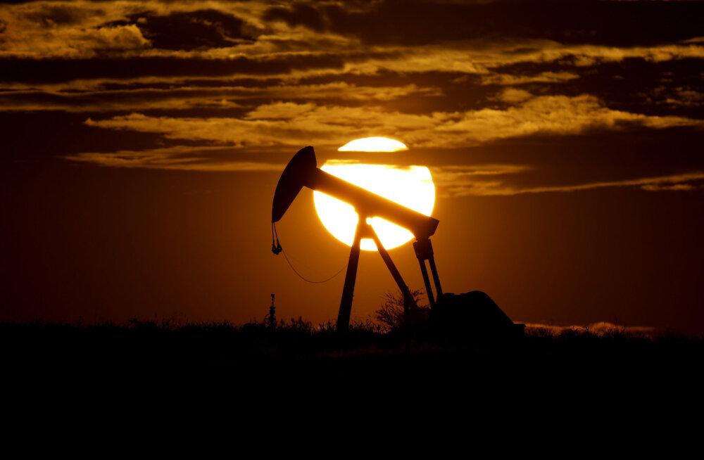 Venemaa ja OPEC jõudsid kokkuleppele suures naftatoodangu kärpes