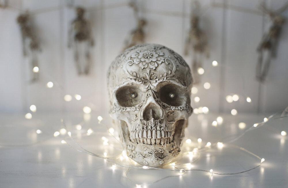 1. november on samhain ehk surnutepäev: kaob piir eri maailmade vahel ja lahkunud hinged liiguvad ringi