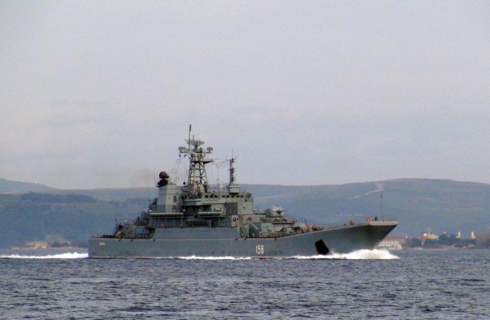 Musta mere laevastik teatas Vene sõjalaeva kokkupõrkest kaubalaevaga Egeuse merel