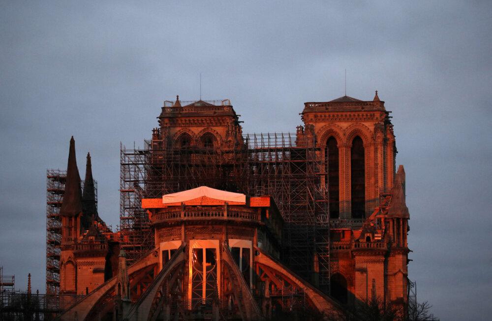 Kas Pariisi Jumalaema kirikut saabki üldse taastada?