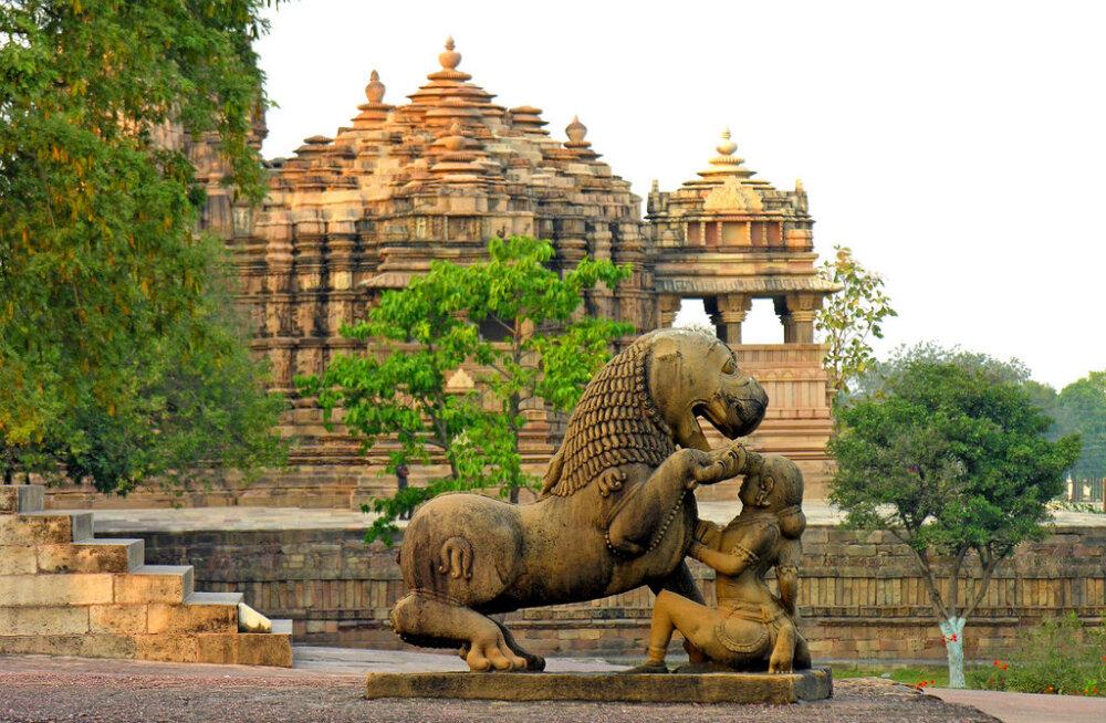 Кхаджурахо - эротические храмы Камасутры