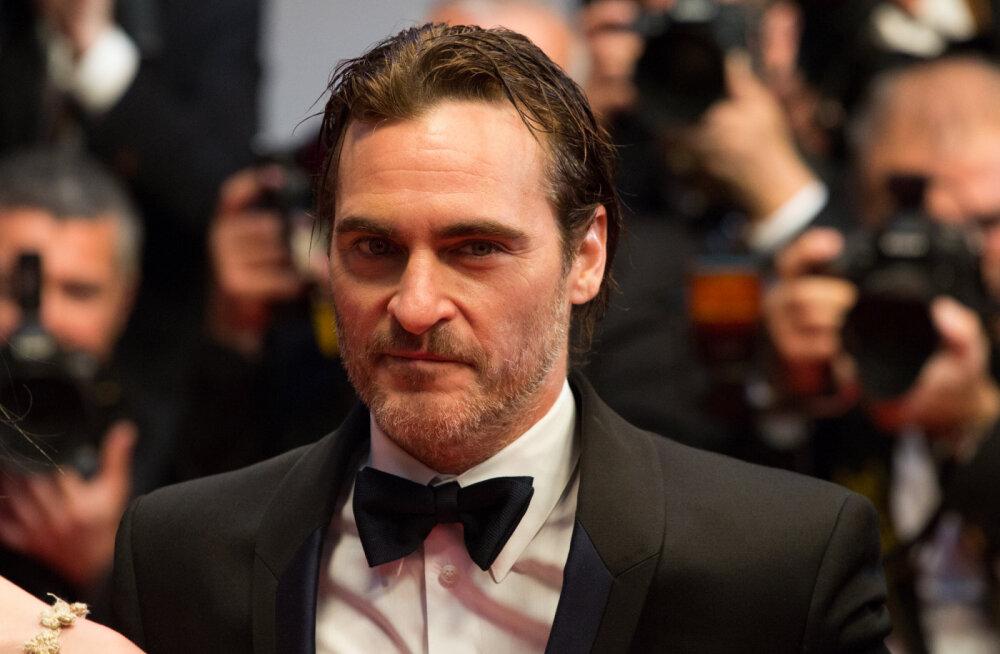 Parima meespeaosatäitja Oscari võitnud Joaquin Phoenix astus oma tänukõnes välja loomade eest