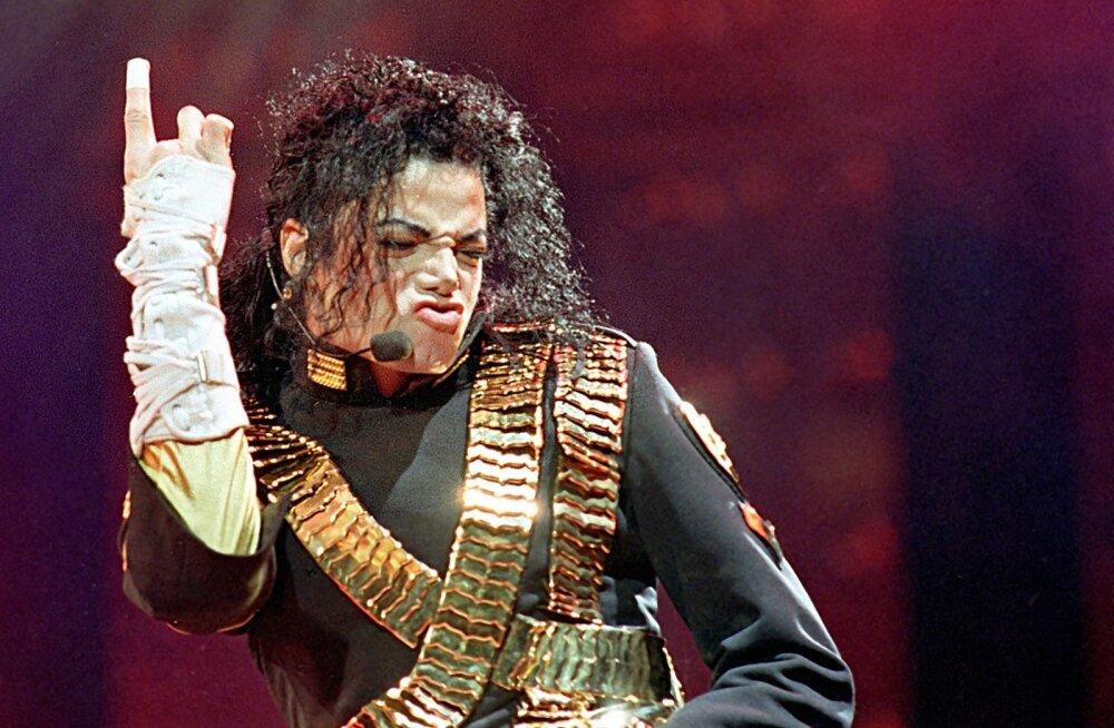 Allan Roosileht: käsitlen Michael Jacksoni loomingu vastast tegevust vihakõne eriti jõhkra grupiviisilise vormina