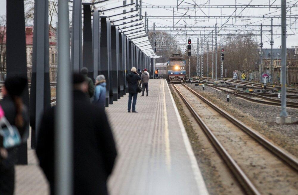 Balti jaama tuleks laiendada, sest nõudlus rongiliikluse järgi on suurem kui praegu pakkuda suudetakse.