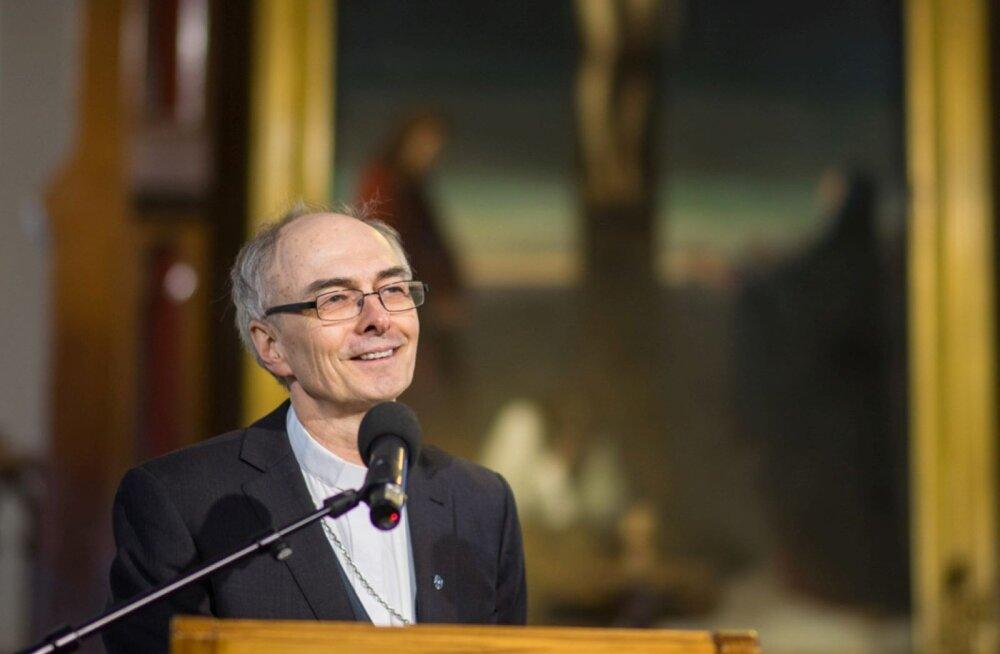 Lõikustänupühal pühitsetakse Tallinna Jaani kirikus kaks uut vitraažakent