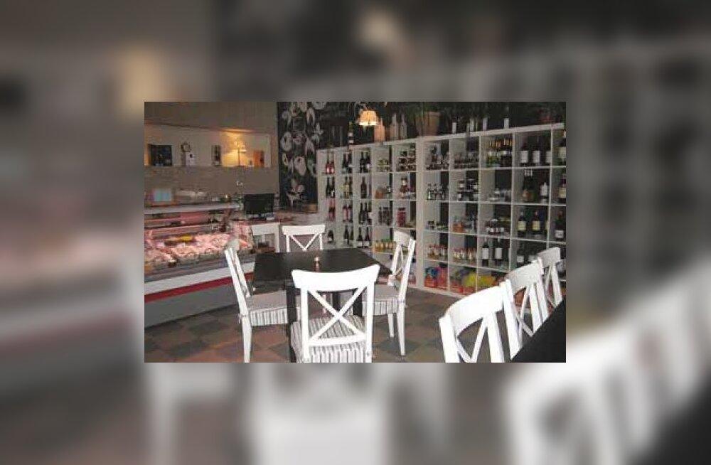 Uus kohvik ja kauplus Pringi külas