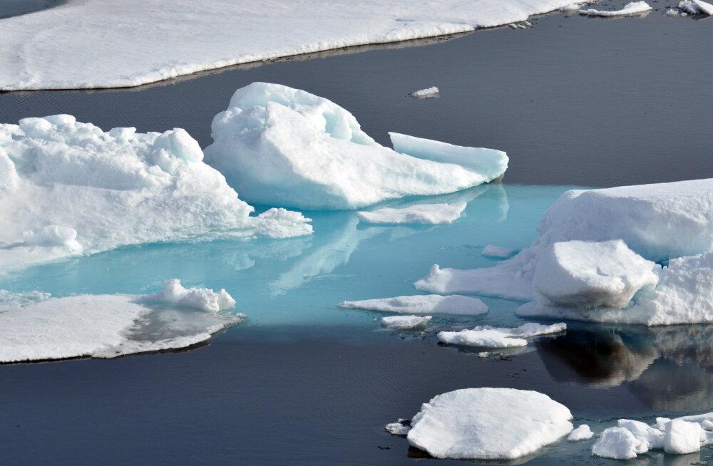 """На новом """"Титанике"""" туристы переживут столкновение с айсбергом"""