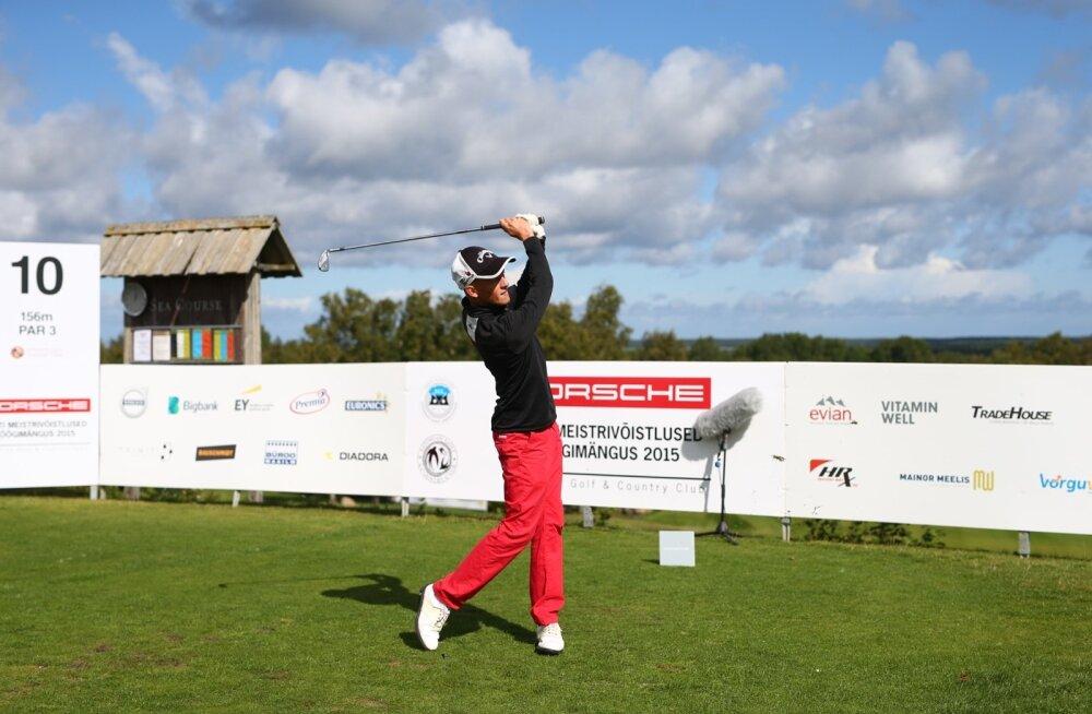 FOTOD: Sander Aadusaar tuli golfi Eesti meistriks, uue põlvkonna noormehed teine ja kolmas
