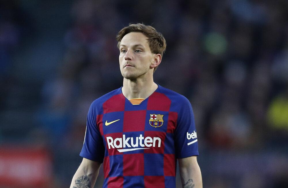 Barcelona jalgpallitäht ihkab platsile tagasi: olen valmis nakatumisega riskima