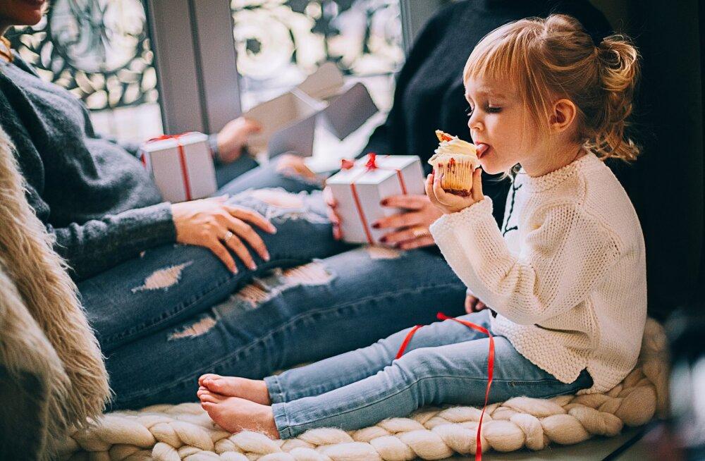 17 новогодних традиций, которые запомнятся ребенку на всю жизнь