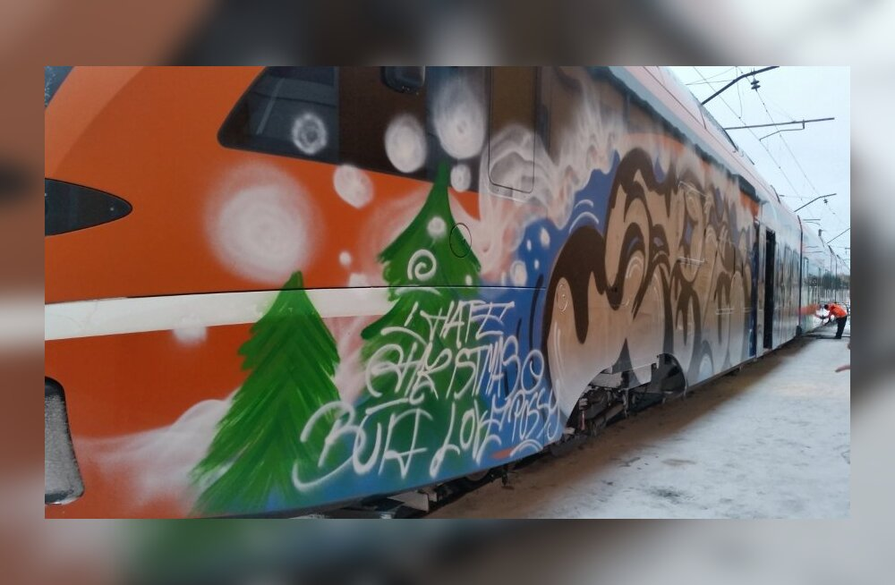 "ФОТО: Вандалы нарисовали на поезде Elron граффити ""я ненавижу Рождество"""