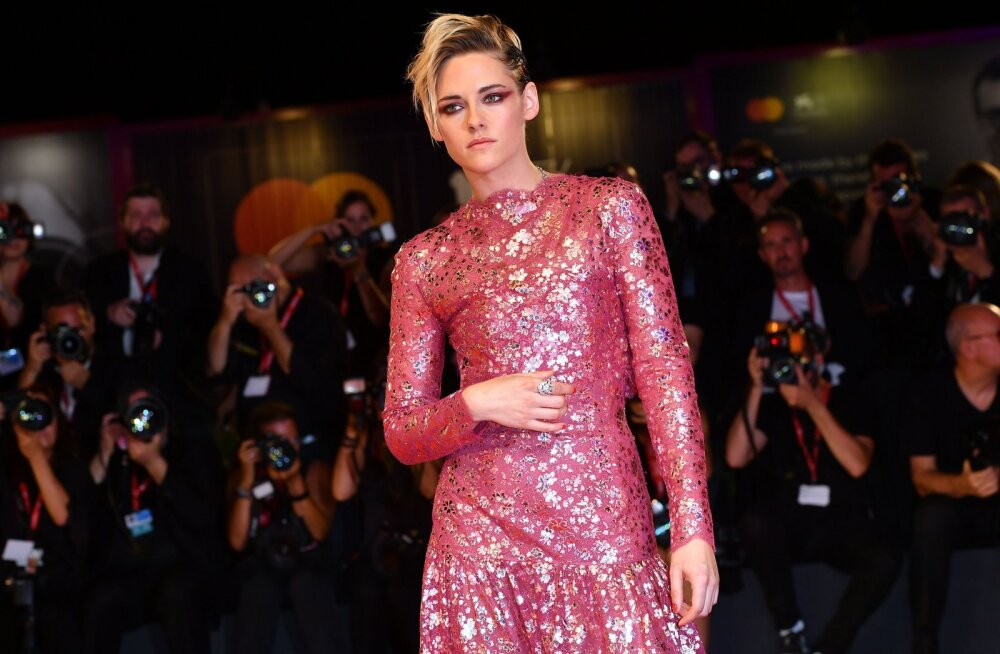 Kristen Stewart suhtest Robert Pattinsoniga: oma eraelu kaitstes hakkasin seda hoopis rikkuma