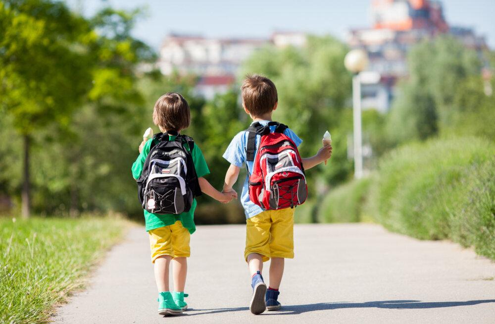 LASTELAAGRI MEELESPEA LAPSEVANEMALE | 16 asja, mis tuleb lapsele laagrisse kaasa pakkida