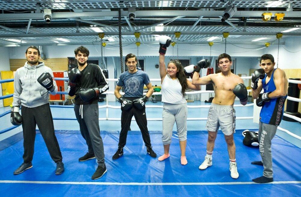 ФОТО и ВИДЕО: Из восьми детей цыгана Яана Бресовски шестеро занимаются боксом