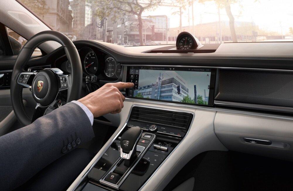 Sõidurežiim on võimalik valida nelja seast: Normal, Sport, Sport+, Individual.