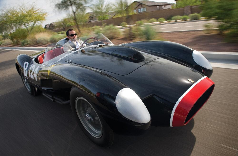 FOTOD: Kui sul on üks neist klassikalistest autodest, siis oled sa väga õnnelik ja rikas
