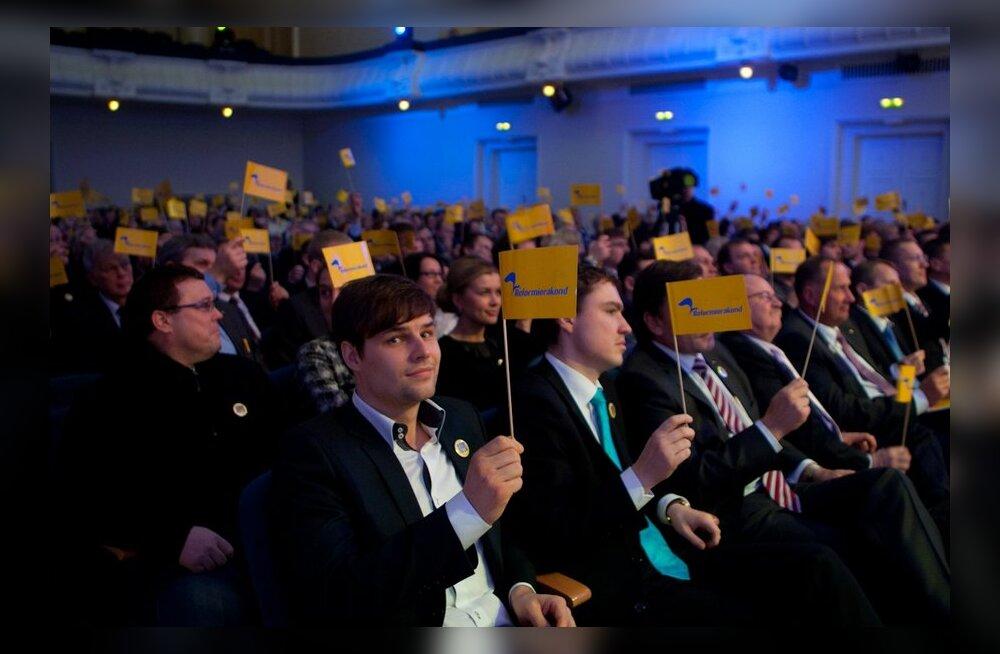 DELFI GRAAFIK: Reformierakonna poliitikud on parteile annetanud üle kuue miljoni krooni