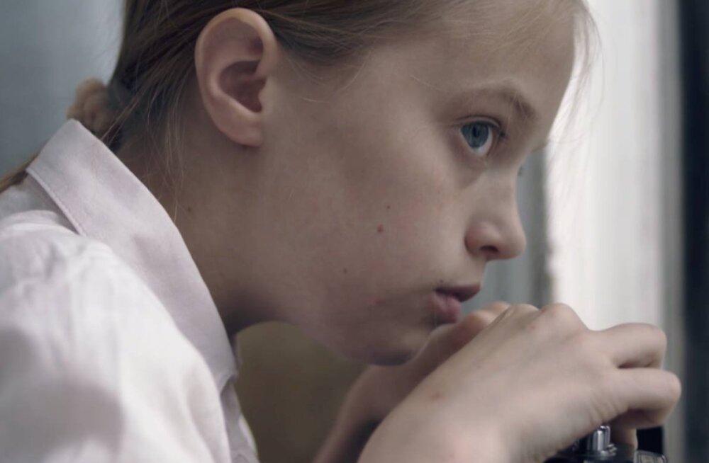 """Rohkelt auhinnatud lühifilm """"Kolm päeva augustis"""" linastub Balti keti aastapäeva puhul Läti Televisioonis"""
