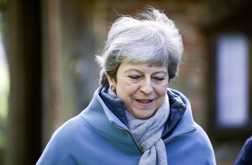 Theresa May võidakse ametist maha võtta, kui ta ise vabatahtlikult kohast ei loobu