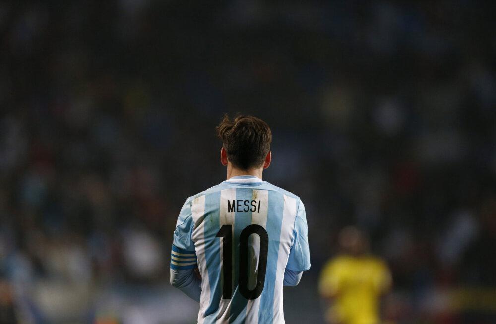 Nigeerias inimröövlite käest pääsenu: võlgnen oma elu Lionel Messile