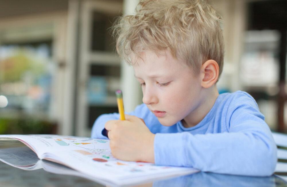 Alkeemia lugemisnurk | Ettevaatust, kui vasak on parem ehk mida võiksid teada vasakukäelisusest lapsevanemad, õpetajad, ümbritsevad ja vasakukäelised ise