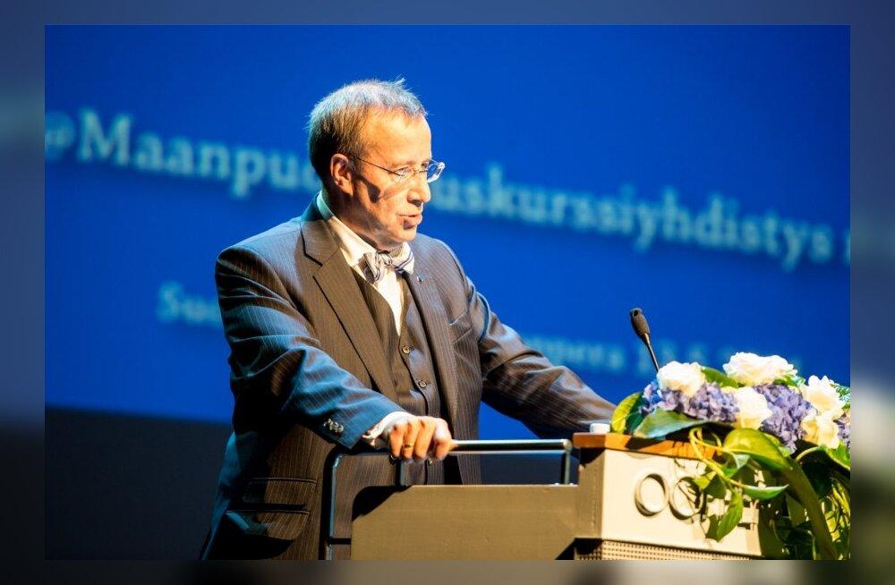 President Ilves pidamas loengut Soome rahvusooperis.