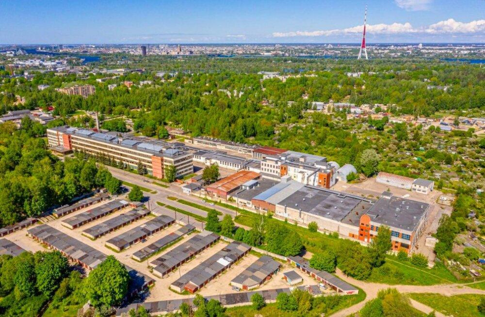 ФОТО | Земля и здания легендарного производителя кометики Dzintars продаются за 6,9 млн евро