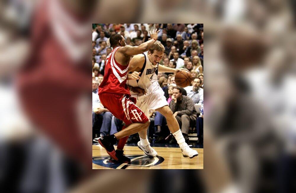 Dirk Nowitzki, Mavericks - Tracy McGrady, Rockets