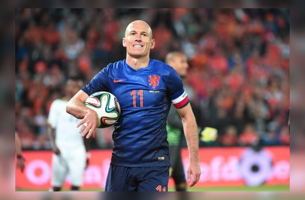 Hollandi jalgpallikoondise täht Arjen Robben on enda peale tige