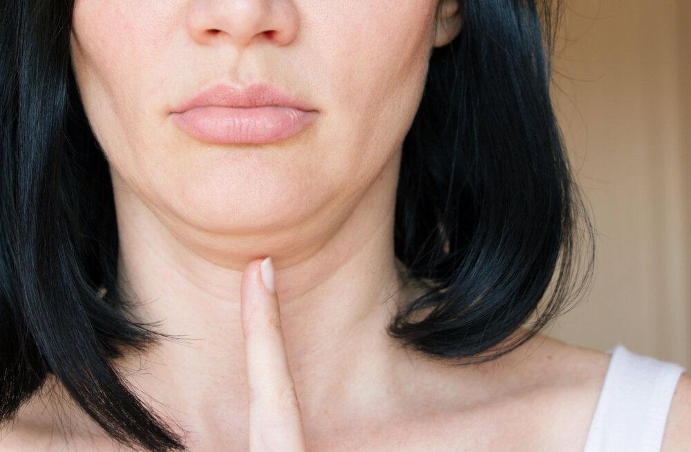 Kätel olev nahk lotendab ja lõualott on hakanud sind häirima? Avaldame parimad moodused, kuidas nahk tagasi trimmi saada