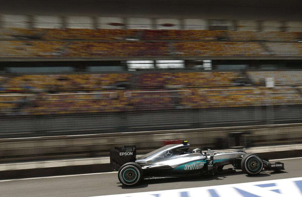 Hiina GP sündmusterohke esimese vabatreeningu kiireimaks osutus Rosberg