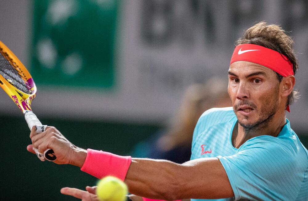 Nadal võitis öölahingu ja pääses Prantsusmaa lahtistel poolfinaali