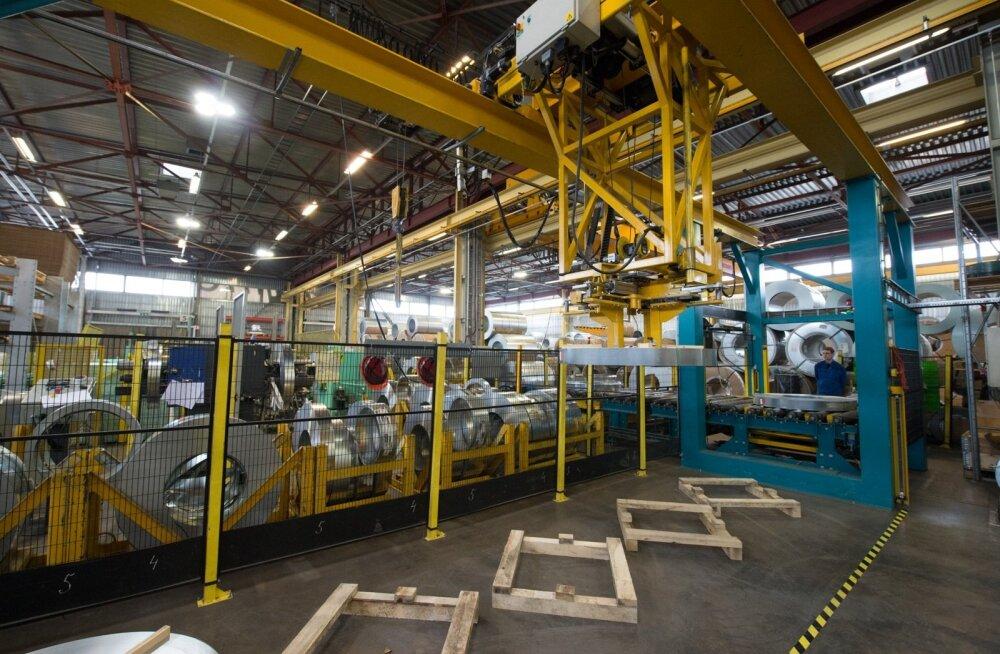 Mis e-riik? Komisjon kritiseerib Eesti tööstust, mis keskendub jätkuvalt madala lisaväärtusega toodetele