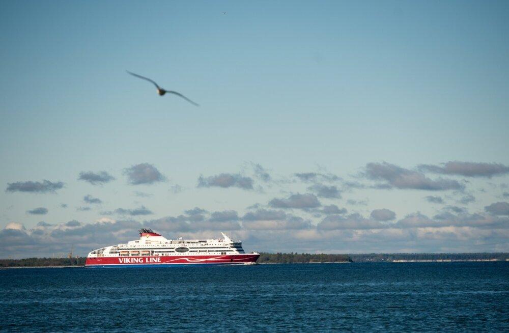 Sadamast lahkuv Viking Line'i laev