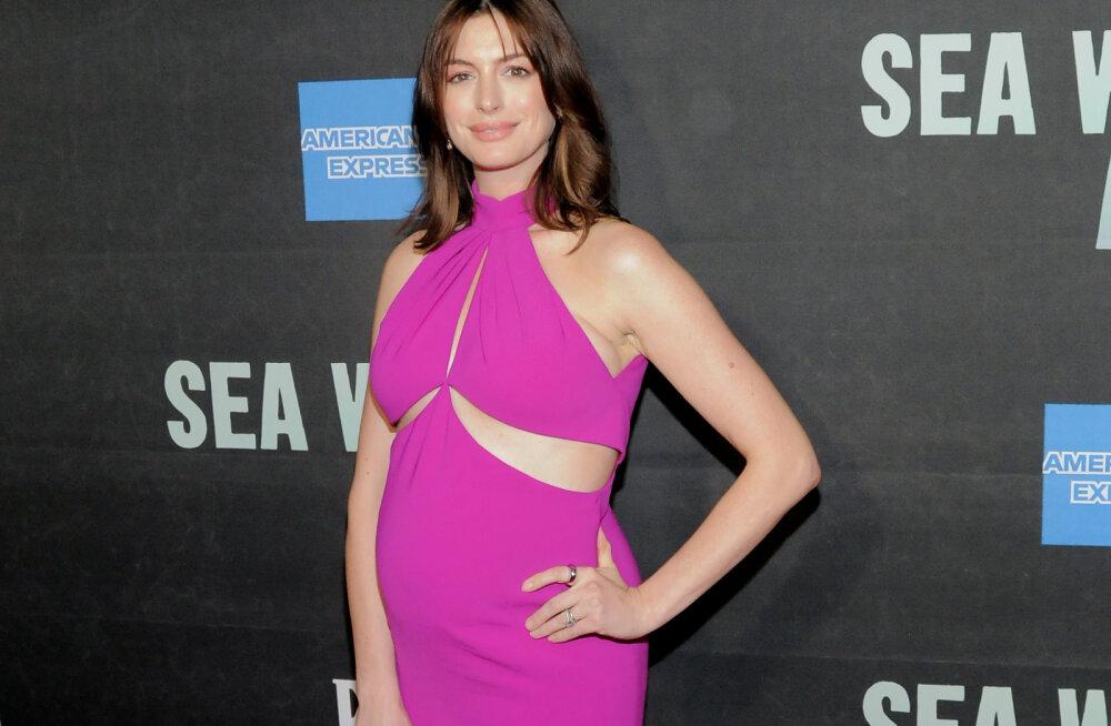 Vahel tuleb kuulsus ka kasuks: lapseootel Anne Hathaway say maailmakuulsalt disainerilt hingematvalt armsa kingi