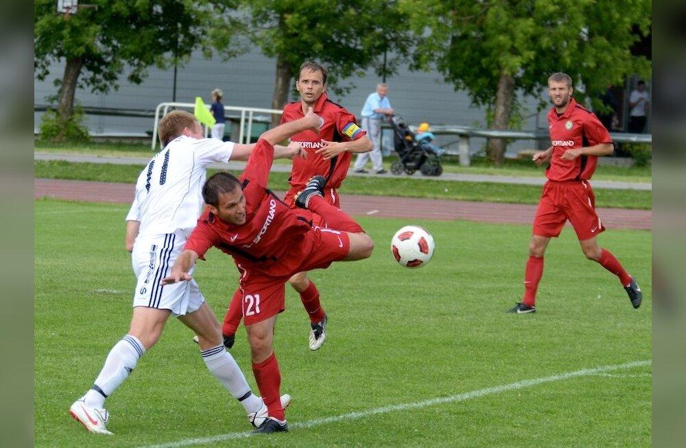 Narva Trans oli jalgpallikarikal tõsises hädas teise liiga klubiga
