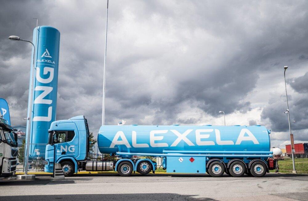 Alexela avas maailma kõige laiema kütusevalikuga tankla