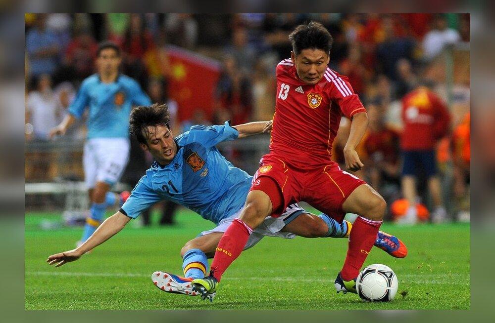 David Silva (Hispaania) mängus Hiinaga