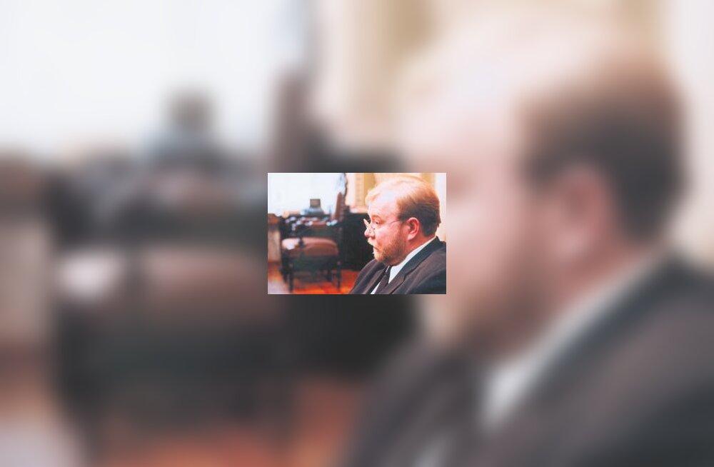 Peaminister Mart Laar valetas tulistamise asjaolude kohta
