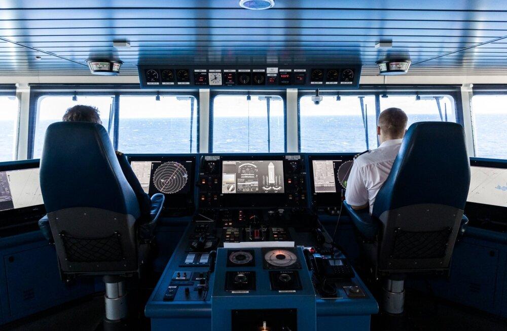 Tallinki laeva kaptenisild