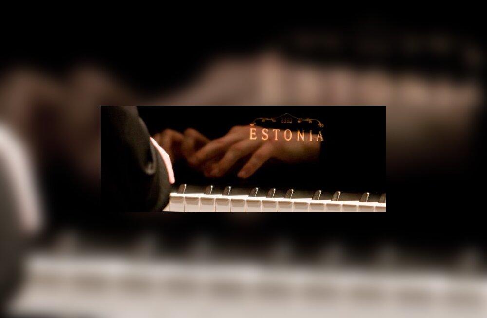 Estonia klaveril läheb järjest paremini