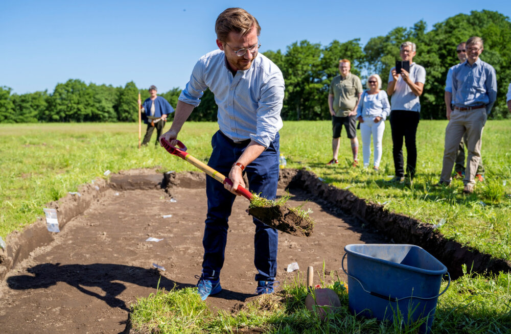 Norra arheoloogid asusid üle sajandi esimest viikingilaeva välja kaevama