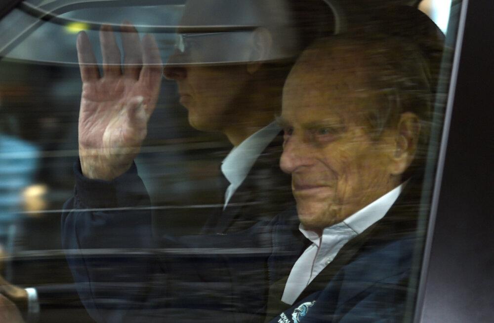 VIDEO | Lõpuks! Prints Philip sai pärast keerukat puusaoperatsiooni haiglast koju
