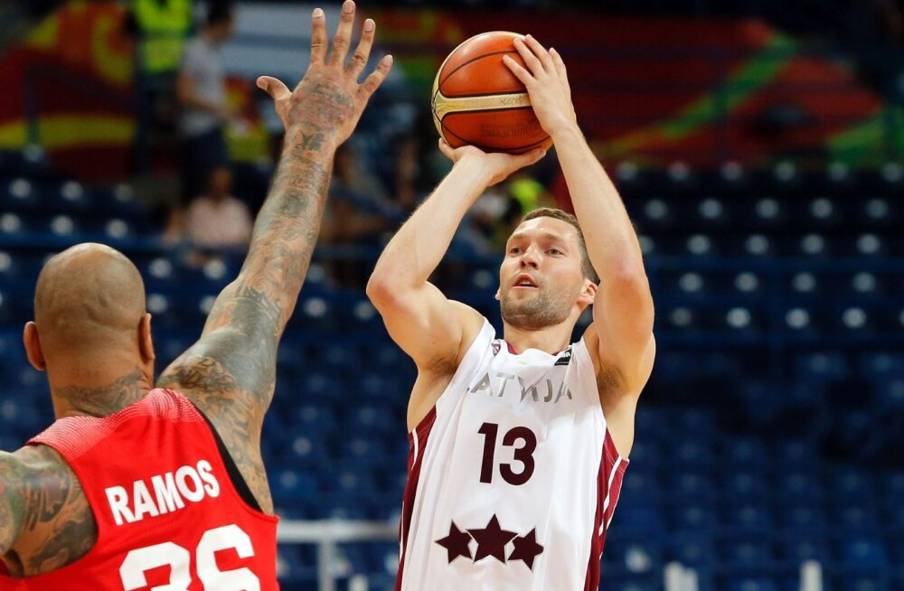 Läti korvpallikoondislane liitus Olympiakosega