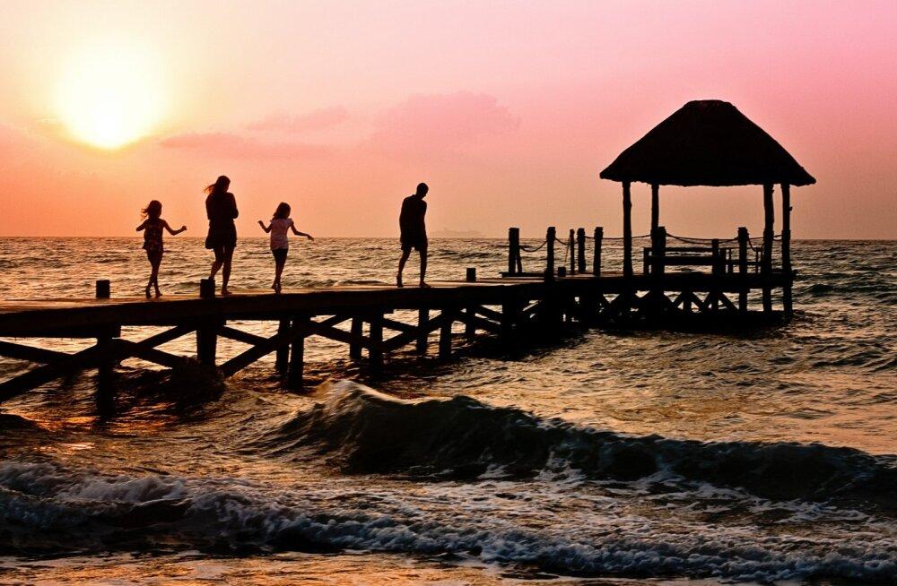 Koolivaheaeg toob kaasa palju reisimist: kuidas puhkust muretult nautida?