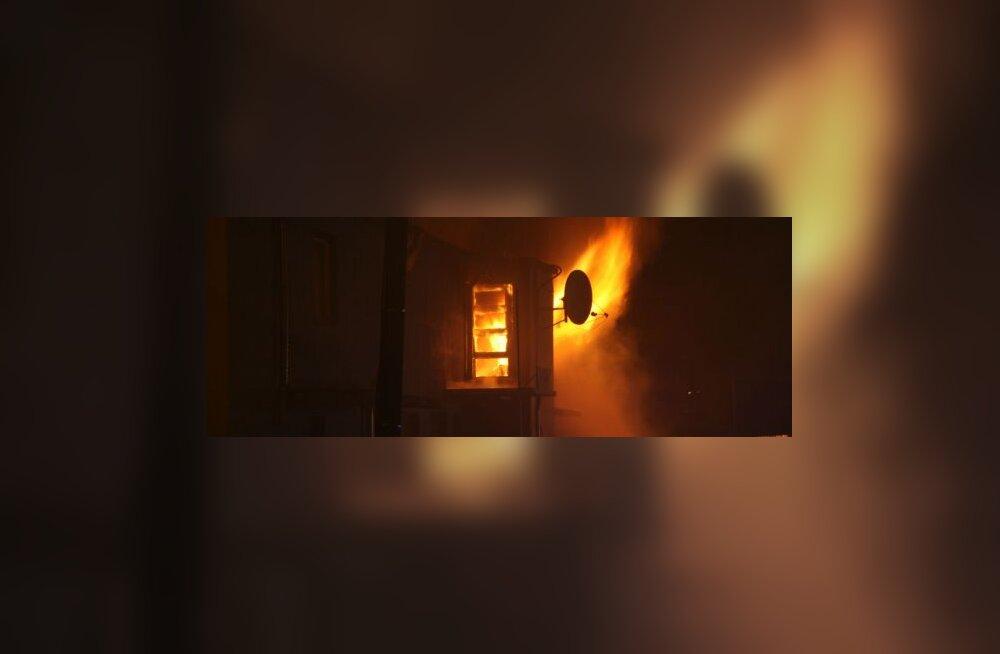 Szolnoki põlengus kannatanud päästja läks öösel tööle tagasi