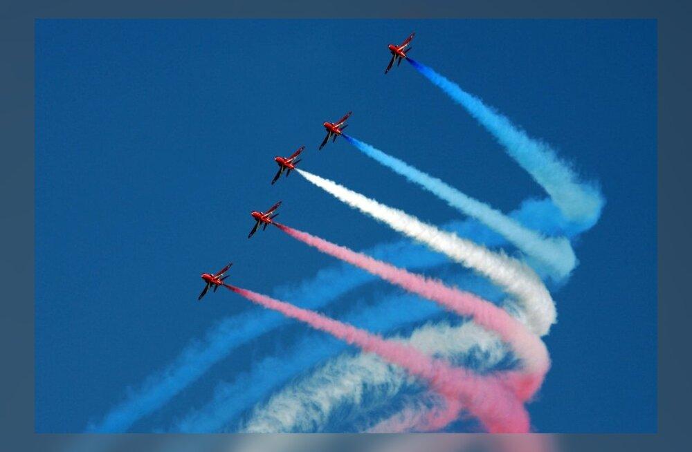 """Briti Kuninglik Õhuvägi """"Red Arrows"""""""