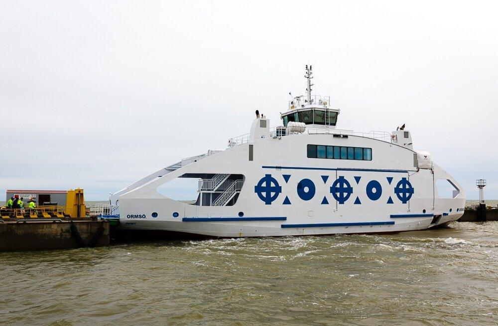 Vormsi uue laeva Ormsö pidulik üleandmine